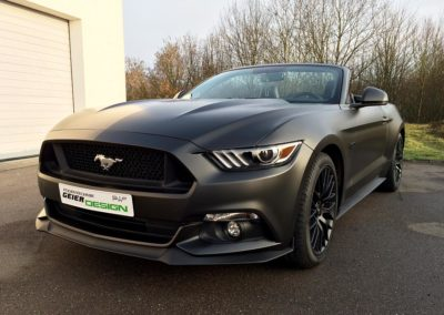 Folierung Ford Mustang in Diamond Black Metallic Matt von PWF
